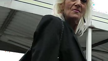 Blonde mature gets her pink stretched during encounters