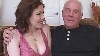 Black Chulainnis big tit wife get a big phat hunk