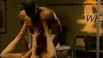 Breathtaking dorm room chick is servicing calently two horny studs