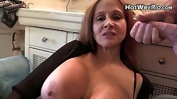 brunette mature lady fucked on a sofa