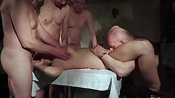 Amateur Fun With Gangbang Using Electricity