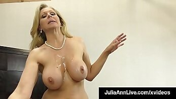 Bigtitted cougar wanking cock in vol