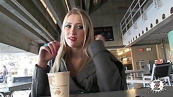 Blonde russian teen masturbates - grab mastemain