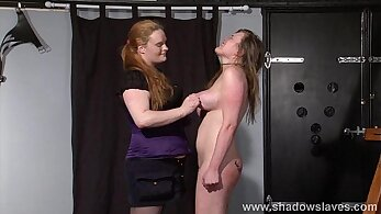Amateur lesbo cunts licked and spanked