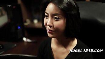 Hot beautiful babe in korean garb