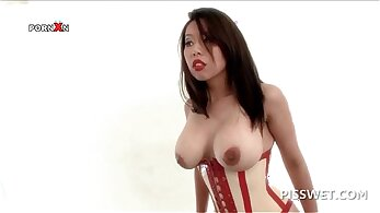 Bdsm pen Slave nymph is trained to spread