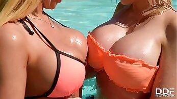 bright lesbian big tits blowjob pussy double