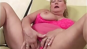 grandmother pleased to fuck bare cock