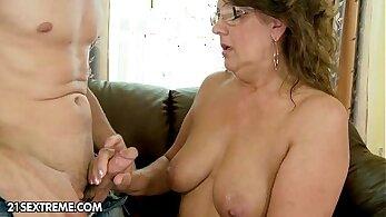 Thai fetish granny volleyball