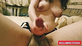 Curvaceous gorgeous lady give directions while watching porn show on her private